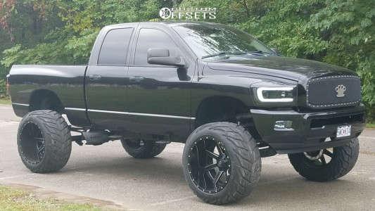 "2008 Dodge Ram 1500 - 24x16 -101mm - Fuel Maverick - Suspension Lift 7.5"" & Body 3"" - 38"" x 15.5"""