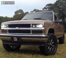 "1996 Chevrolet K1500 - 20x9 1mm - Fuel 513 - Suspension Lift 4"" - 305/55R20"