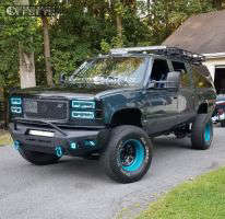 "1994 Chevrolet Suburban - 17x9 -64mm - Pro Comp Series 51 - Suspension Lift 6"" - 315/70R17"