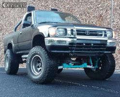 "1992 Toyota Pickup - 15x10 -43mm - American Racing Baja - Suspension Lift 4.5"" - 33"" x 12.5"""