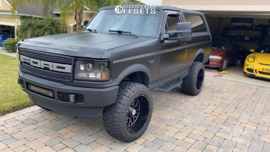 """1995 Ford Bronco - 20x12 -44mm - K2 Offroad Warrior - Suspension Lift 6"""" - 33"""" x 12.5"""""""