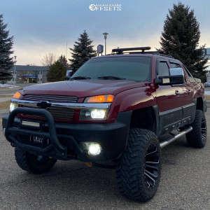 "2004 Chevrolet Avalanche - 20x12 -44mm - Savage Offroad Sa18 - Suspension Lift 5"" - 35"" x 12.5"""