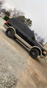 """2005 Ford Expedition - 22x10 -19mm - Hostile Switch Blade - Suspension Lift 3"""" - 33"""" x 12.5"""""""