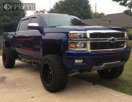 "2014 Chevrolet Silverado 1500 - 20x12 -44mm - Fuel Maverick - Suspension Lift 7.5"" - 35"" x 12.5"""