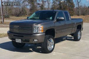 """2012 Chevrolet Silverado 1500 - 20x8.5 31mm - Spaced out Stockers Spaced out stockers - Suspension Lift 5"""" - 33"""" x 12.5"""""""