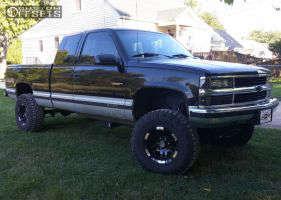 "1994 Chevrolet K1500 - 16x9 -12mm - Moto Metal MO951 - Suspension Lift 4"" - 285/75R16"