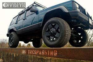 """1995 Jeep Cherokee - 17x9 -12mm - XD Rockstar - Suspension Lift 4.5"""" - 31"""" x 9.5"""""""