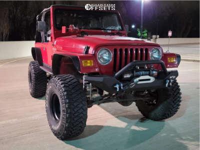 """2001 Jeep TJ - 15x10 -43mm - American Racing Baja - Suspension Lift 6"""" - 35"""" x 12.5"""""""