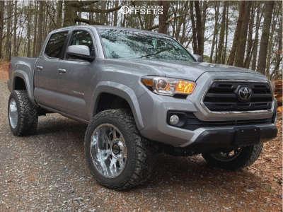 """2019 Toyota Tacoma - 20x12 -51mm - Gear 742c Kickstand - Suspension Lift 3"""" - 33"""" x 12.5"""""""