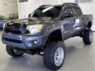 "2012 Toyota Tacoma - 20x10 -24mm - Fuel Titan - Suspension Lift 6"" & Body 3"" - 33"" x 12.5"""