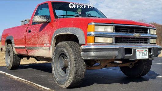 """1995 Chevrolet K2500 - 22x12 0mm - Steel Not Sure - Stock Suspension - 32"""" x 18.5"""""""