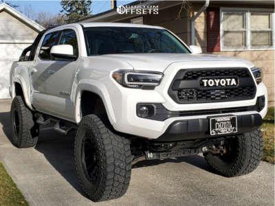 "2019 Toyota Tacoma - 18x9 -18mm - Fuel Covert - Suspension Lift 6"" - 35"" x 12.5"""