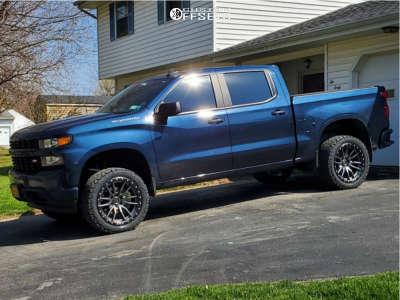 """2019 Chevrolet Silverado 1500 - 22x10 -24mm - Fuel Rebel - Suspension Lift 3.5"""" - 33"""" x 12.5"""""""