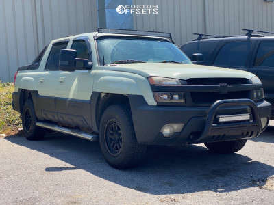 2003 Chevrolet Avalanche 1500 - 17x8.5 12mm - KMC Km540 - Stock Suspension - 265/70R17