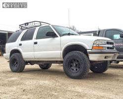 "2000 Chevrolet Blazer - 15x8 -19mm - American Racing Baja - Leveling Kit - 31"" x 10.5"""