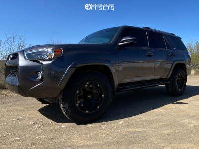 2019 Toyota 4Runner - 17x9 12mm - Vision Se7en - Stock Suspension - 265/70R17