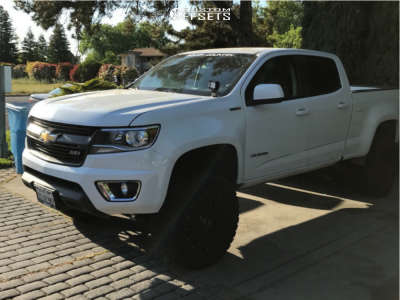 "2016 Chevrolet Colorado - 18x9.5 18mm - XD Xd820 - Suspension Lift 6"" - 33"" x 12.5"""