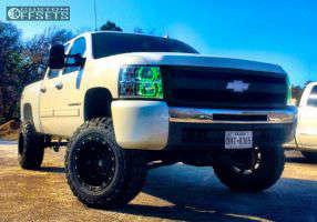 """2009 Chevrolet Silverado 1500 - 18x12 -44mm - Fuel Hostage - Suspension Lift 7.5"""" - 35"""" x 12.5"""""""