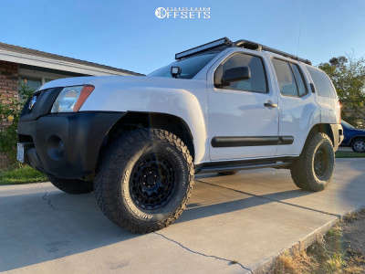 "2007 Nissan Xterra - 16x8 0mm - Black Rhino Chamber - Suspension Lift 3"" - 285/75R16"