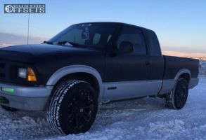 "1997 Chevrolet S10 - 18x9 35mm - XD Monster - Stock Suspension - 30"" x 12.5"""
