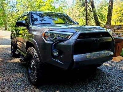 """2021 Toyota 4Runner - 20x9 0mm - Anthem Off-Road Avenger - Stock Suspension - 32"""" x 11.5"""""""