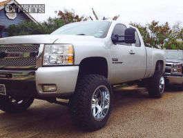 "2011 Chevrolet Silverado 1500 - 20x12 -44mm - Moto Metal MO962 - Suspension Lift 7.5"" - 35"" x 12.5"""