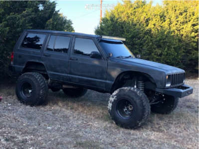 "1997 Jeep Cherokee - 15x14 -63.5mm - Bart Stock Car Standard Weight - Suspension Lift 6.5"" - 33"" x 12.5"""