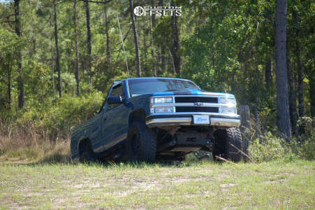 "1997 Chevrolet K1500 - 17x9 0mm - XD Grenade - Suspension Lift 6"" - 35"" x 12.5"""