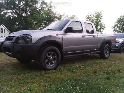 "2002 Nissan Frontier - 22x9 0mm - Strada Snowflake Replica - Stock Suspension - 33"" x 12.5"""