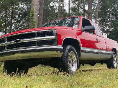 """1997 Chevrolet C1500 - 17x9 6mm - Pro Comp Series 69 - Suspension Lift 2.5"""" - 31"""" x 10.5"""""""
