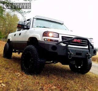 "2007 GMC Sierra 1500 Classic - 18x12 -44mm - Fuel Hostage - Suspension Lift 6.5"" - 305/70R18"