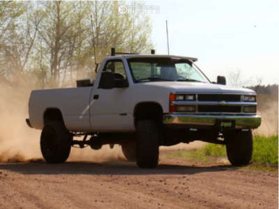 """1996 Chevrolet C1500 - 15x10 -44mm - Pro Comp 51 - Suspension Lift 4"""" - 33"""" x 12.5"""""""