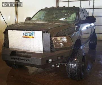 2010 Dodge Ram 3500 - 18x12 -44mm - Fuel 538 - Leveling Kit - 305/65R18