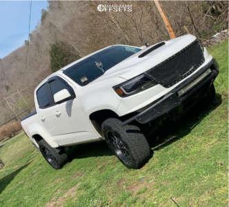 2016 Chevrolet Colorado - 20x9 -12mm - Moto Metal Mo970 - Leveling Kit - 275/55R20