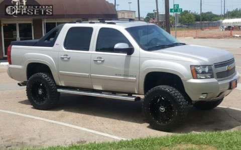 """2007 Chevrolet Avalanche - 20x10 24mm - Lonestar Outlaw - Suspension Lift 5"""" - 35"""" x 12.5"""""""
