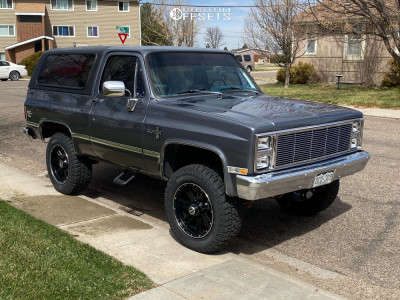 "1983 Chevrolet K5 Blazer - 20x9 0mm - Mickey Thompson Sidebiter Lock - Suspension Lift 2.5"" - 275/65R20"