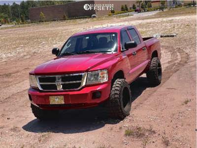 """2008 Dodge Dakota - 20x12 -44mm - Hardrock Crusher - Body Lift 3"""" - 33"""" x 12.5"""""""