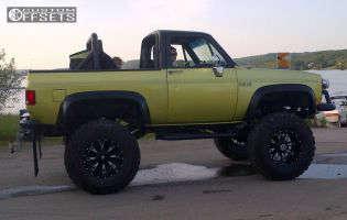 "1991 Chevrolet Blazer - 20x12 -44mm - Fuel Throttle - Suspension Lift 9"" - 42"" x 15.5"""