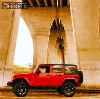 "2012 Jeep Wrangler - 17x9 -11.938mm - Moto Metal MO951 - Suspension Lift 4"" - 315/70R17"