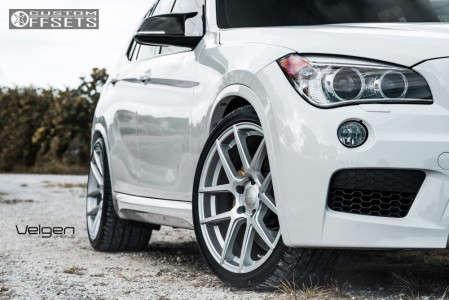 2016 BMW X1 - 20x10.5 18mm - Velgen Vmb5 - Lowered on Springs - 295/30R20