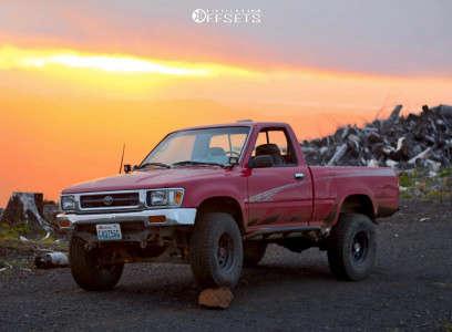 "1994 Toyota Pickup - 15x10 -32mm - American Racing Ar-767 - Stock Suspension - 31"" x 10.5"""