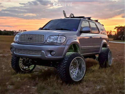 """2004 Toyota Sequoia - 24x16 -106mm - Fuel Forged Ff30 - Suspension Lift 7"""" - 35"""" x 13.5"""""""