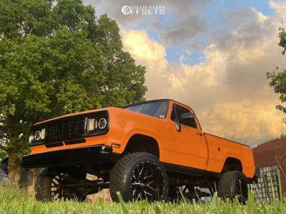 "1978 Dodge W200 - 24x14 -76mm - Hardrock Affliction - Suspension Lift 4"" - 37"" x 13.5"""
