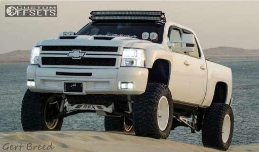 "2013 Chevrolet Silverado 1500 - 20x12 -44mm - Moto Metal MO962 - Suspension Lift 12"" - 38"" x 15.5"""