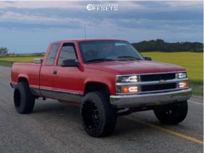 1996 Chevrolet K1500 - 20x14 -76mm - Fuel Maverick D610 - Leveling Kit - 285/60R20