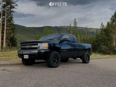 "2009 Chevrolet Silverado 1500 - 18x10 -24mm - Moto Metal Mo962 - Suspension Lift 3"" - 33"" x 12.5"""