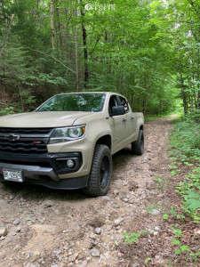 "2021 Chevrolet Colorado - 20x9 0mm - Ballistic Tomahawk - Stock Suspension - 32"" x 10.5"""