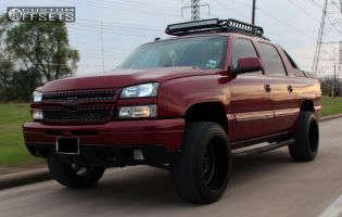 "2004 Chevrolet Avalanche - 22x12 -44mm - Gear Off-Road Big Block - Suspension Lift 3"" - 33"" x 12.5"""