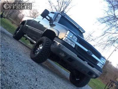 "2005 Chevrolet Silverado 1500 - 20x10 -19mm - Fuel Full Blown - Suspension Lift 4"" - 33"" x 12.5"""