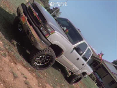 "2005 Chevrolet Silverado 1500 - 24x12 -44mm - Hostile Blade - Suspension Lift 6"" - 35"" x 12.5"""